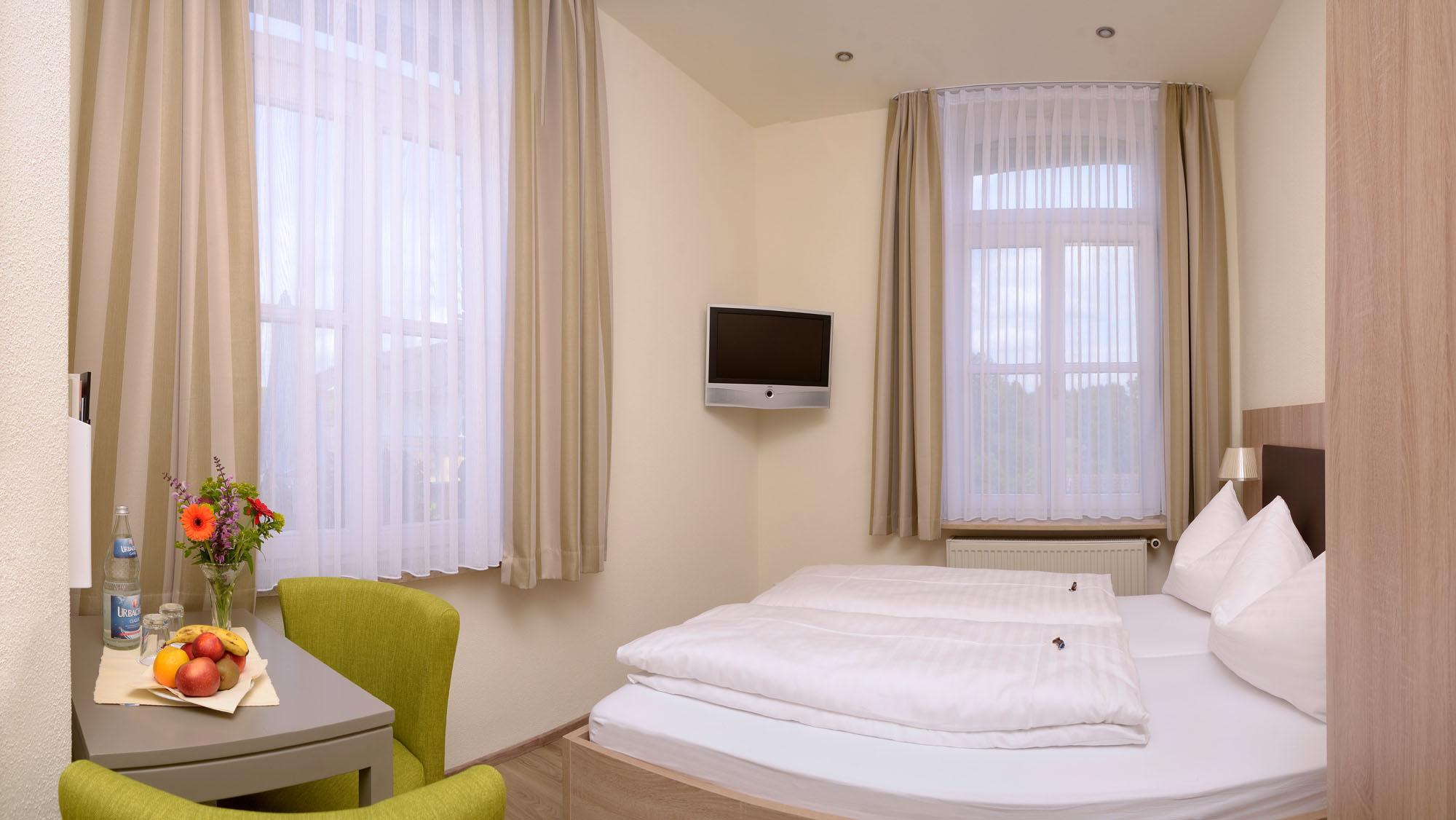 Doppelzimmer klein 14m²
